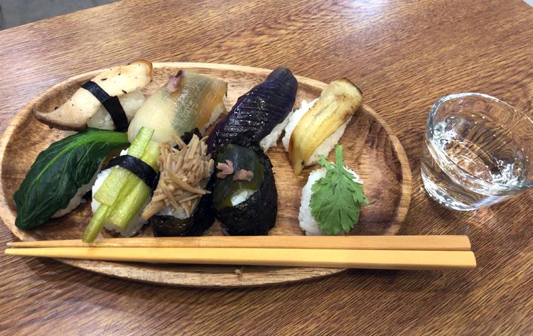雅楽×箏×野菜寿司×それを肴に日本酒を飲みまくる会